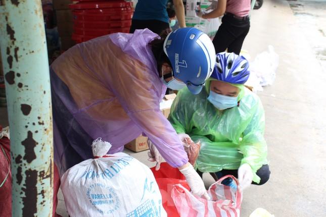 Bệnh viện dã chiến Hòa Vang chia lửa với Bệnh viện Đà Nẵng chống COVID-19 ảnh 6