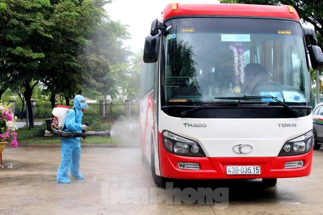 Bệnh viện dã chiến Hòa Vang chia lửa với Bệnh viện Đà Nẵng chống COVID-19 ảnh 8