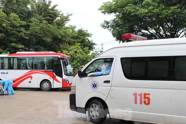 Bệnh viện dã chiến Hòa Vang chia lửa với Bệnh viện Đà Nẵng chống COVID-19 ảnh 9