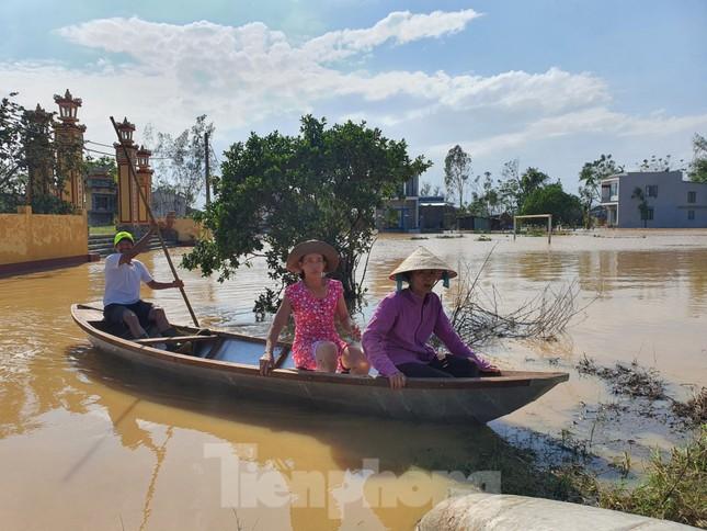 Bão số 9 vừa tan, người Đà Nẵng lại lo chạy lụt ảnh 9