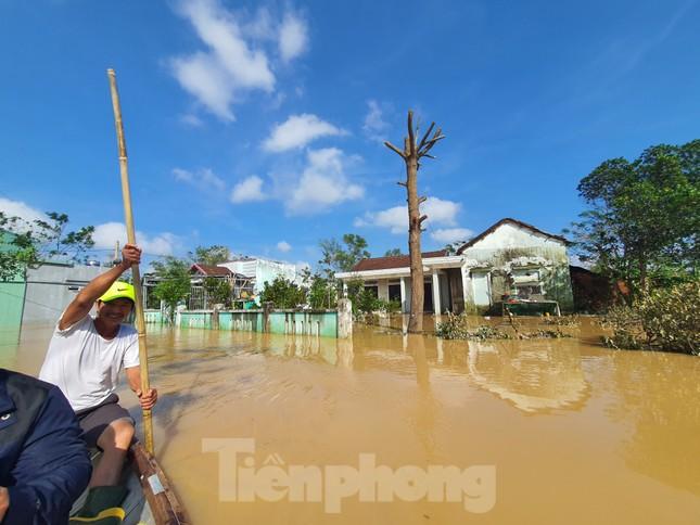 Bão số 9 vừa tan, người Đà Nẵng lại lo chạy lụt ảnh 3