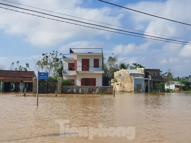 Bão số 9 vừa tan, người Đà Nẵng lại lo chạy lụt ảnh 1