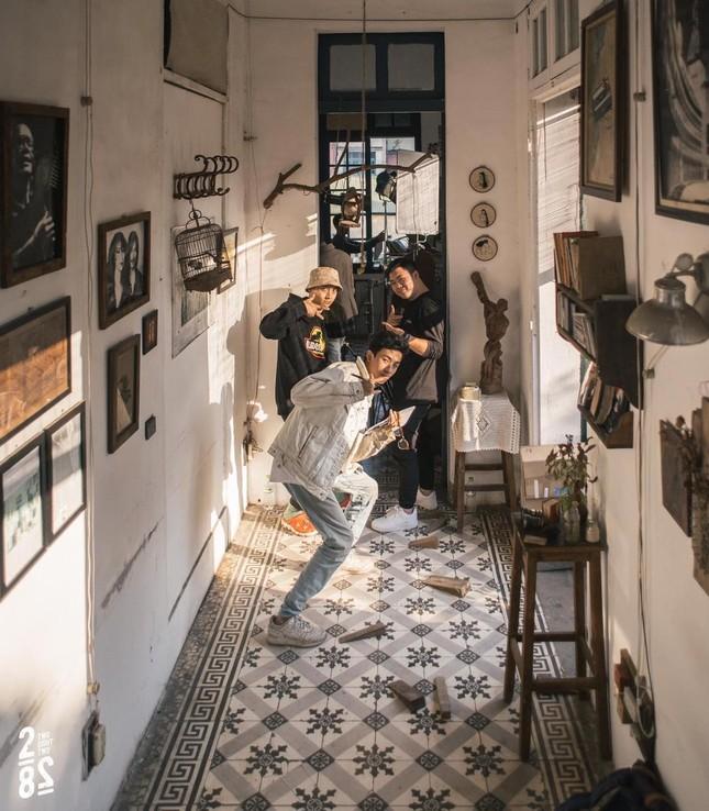 """Hà Nội phố: Hai quán cà phê vintage ngập tràn góc sống ảo """"chất lừ"""", bạn """"check in"""" chưa? ảnh 10"""