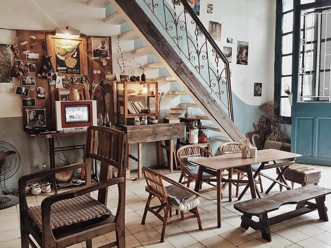 """Hà Nội phố: Hai quán cà phê vintage ngập tràn góc sống ảo """"chất lừ"""", bạn """"check in"""" chưa? ảnh 1"""
