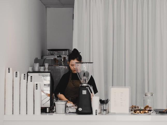 Vũng Tàu: Hai quán cà phê xịn sò dành cho những teen mê phong cách tối giản ảnh 1