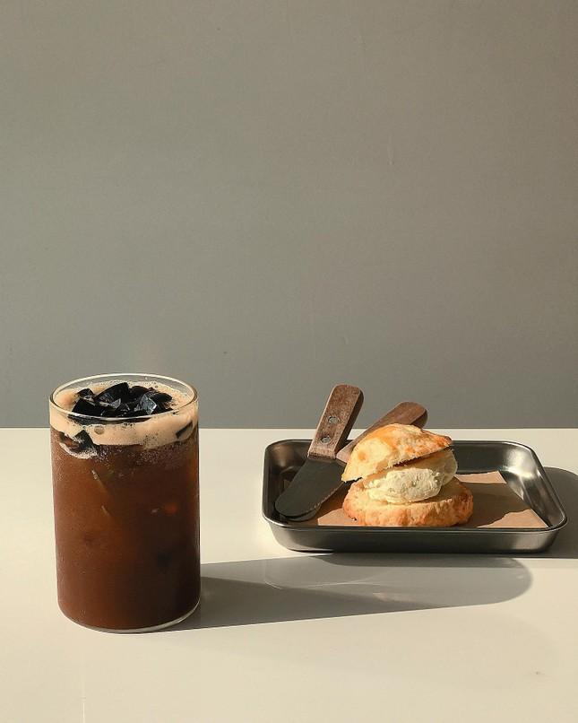 Vũng Tàu: Hai quán cà phê xịn sò dành cho những teen mê phong cách tối giản ảnh 2