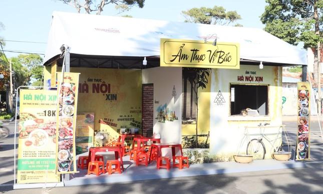 """Cùng """"oanh tạc"""" hơn 100 gian hàng ẩm thực tại Tuần lễ Món ngon ở Vũng Tàu ảnh 5"""