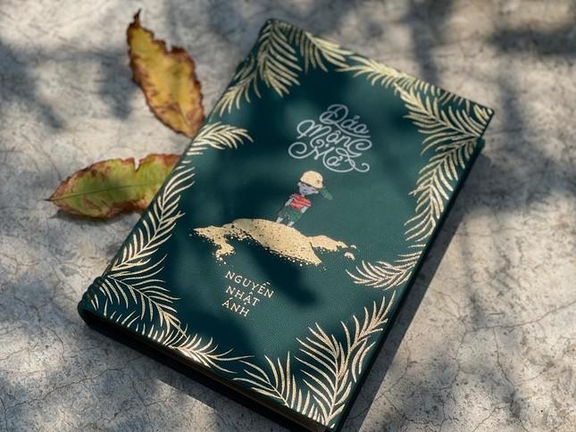 """10 năm """"Đảo Mộng Mơ"""" của nhà văn Nguyễn Nhật Ánh: Hai phiên bản sách đặc biệt ra mắt ảnh 3"""