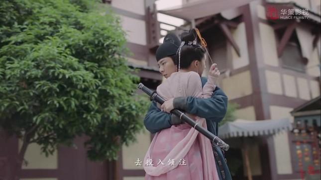 """Khán giả phấn khích khi """"Trường Ca Hành"""" phát thêm """"đường"""" của couple Hạo Đô và Lạc Yên ảnh 7"""
