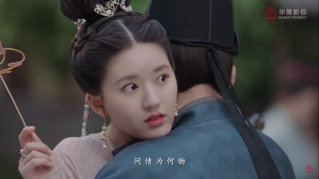 """Khán giả phấn khích khi """"Trường Ca Hành"""" phát thêm """"đường"""" của couple Hạo Đô và Lạc Yên ảnh 8"""