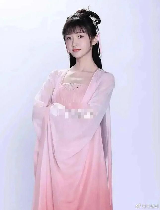 """Khán giả ngán ngẩm với """"Trầm Vụn Hương Phai"""" của Thành Nghị: Nữ chính rốt cuộc là ai? ảnh 5"""