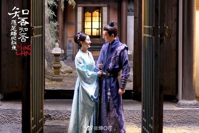 """Tình sử vợ chồng Phong - Dĩnh: Kết hôn bất ngờ, ly hôn chóng mặt, """"mãi mãi là 3 năm""""  ảnh 3"""