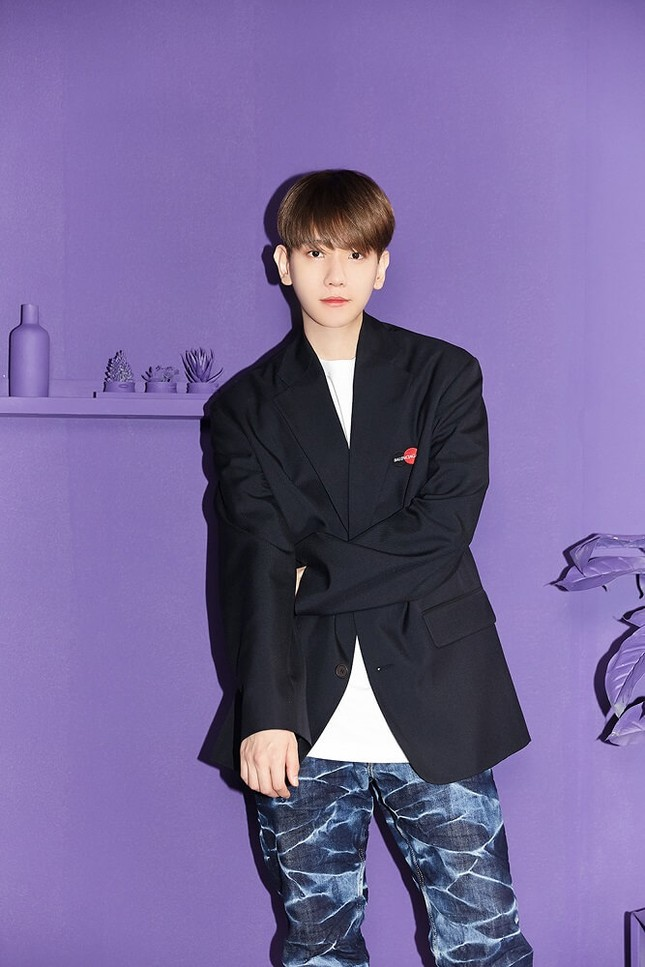"""Baekhyun (EXO) hỏi fan Việt """"Ăn kẹo không?"""", rồi tung MV """"Candy"""" siêu ngọt ngào ảnh 2"""