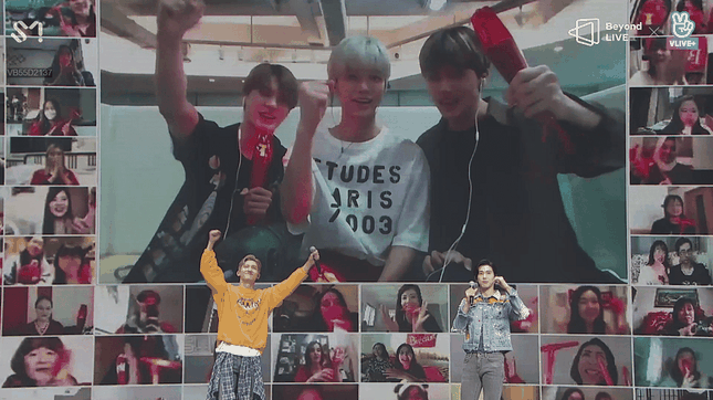 """TVXQ chứng tỏ sức hút mãnh liệt theo năm tháng trong concert online """"Beyond The T"""" ảnh 9"""