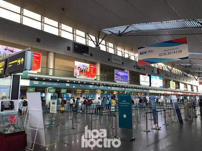 """Thực hư tin đồn sân bay Đà Nẵng """"vỡ trận"""" sau khi xuất hiện ca bệnh nghi nhiễm COVID-19 ảnh 3"""