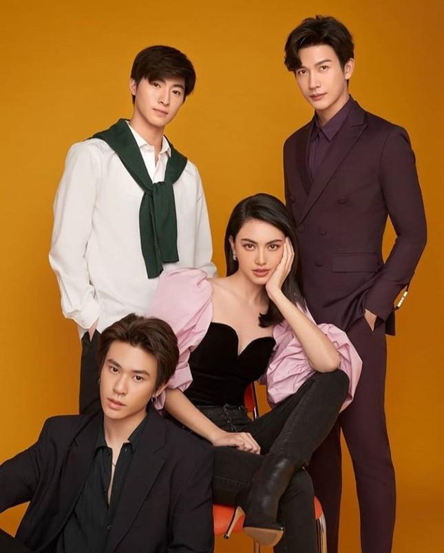 Top 3 mỹ nhân hàng đầu showbiz Thái Lan: Tài sắc vẹn toàn, công danh sự nghiệp viên mãn ảnh 10
