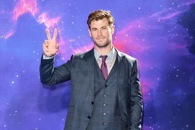 """""""Thần sấm"""" Chris Hemsworth khẳng định sẽ không """"về hưu"""" sau """"Thor: Love and Thunder"""" ảnh 2"""