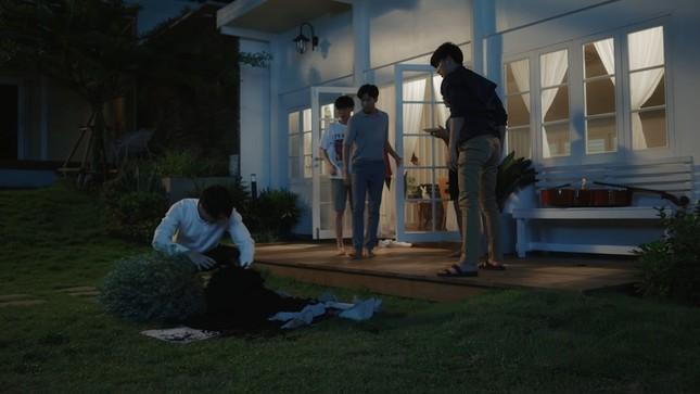 """""""I'm Tee, Me Too"""": Dở khóc, dở cười khi 6 anh chàng """"mặn như biển cả"""" ở chung một nhà ảnh 1"""