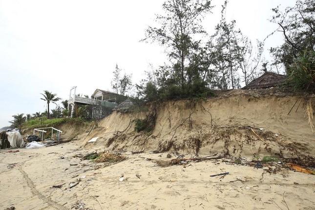 """Bão số 13 """"nuốt chửng"""" các bãi biển nổi tiếng An Bàng, Cửa Đại... của Hội An ảnh 1"""