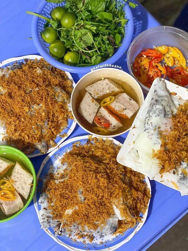 """Hà Nội ăn gì ngày rét đậm: Ủ ấm chiếc bụng đói với đĩa bánh cuốn tráng liền cực """"cuốn"""" ảnh 4"""