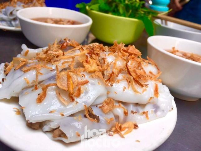 """Hà Nội ăn gì ngày rét đậm: Ủ ấm chiếc bụng đói với đĩa bánh cuốn tráng liền cực """"cuốn"""" ảnh 2"""