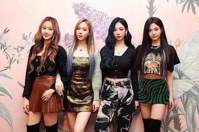 NÓNG: Tân binh aespa sẽ tham gia concert online mở màn năm mới 2021 của nhà SM ảnh 2