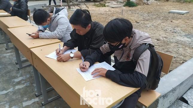 Bất chấp trời rét buốt, sinh viên ĐH Đà Nẵng vẫn nhiệt tình đi hiến máu nhân đạo ảnh 4