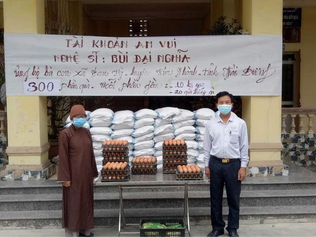 """""""Phiên chợ 0 đồng"""" và những chuyến xe giải cứu nông sản Hải Dương của nghệ sĩ Việt ảnh 10"""