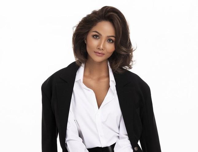 Hoa hậu H'Hen Niê tham gia #SheForVietnam tiếp thêm sức mạnh cho nữ giới trong thời đại số ảnh 1