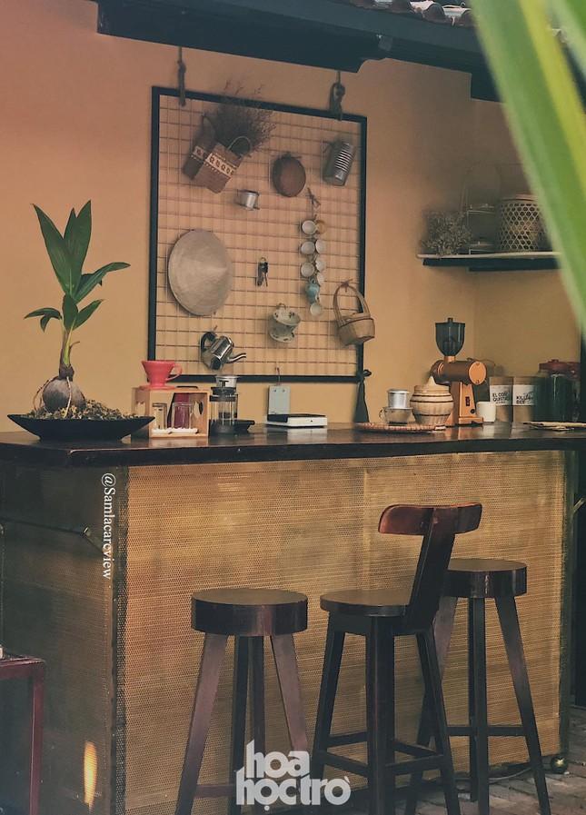 Hẹn hò Sài Gòn: Sài Gòn cà phê sữa đá độc đáo, lãng mạn và yên bình, bạn ghé chưa? ảnh 2