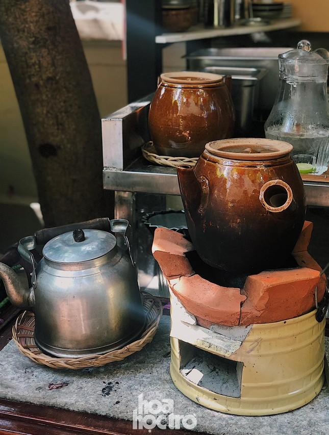 Hẹn hò Sài Gòn: Sài Gòn cà phê sữa đá độc đáo, lãng mạn và yên bình, bạn ghé chưa? ảnh 4