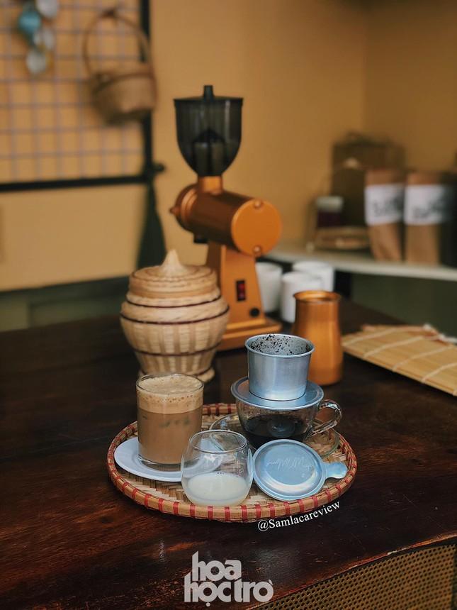 Hẹn hò Sài Gòn: Sài Gòn cà phê sữa đá độc đáo, lãng mạn và yên bình, bạn ghé chưa? ảnh 5