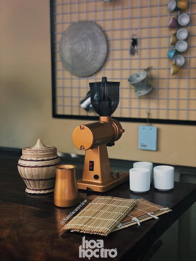Hẹn hò Sài Gòn: Sài Gòn cà phê sữa đá độc đáo, lãng mạn và yên bình, bạn ghé chưa? ảnh 6