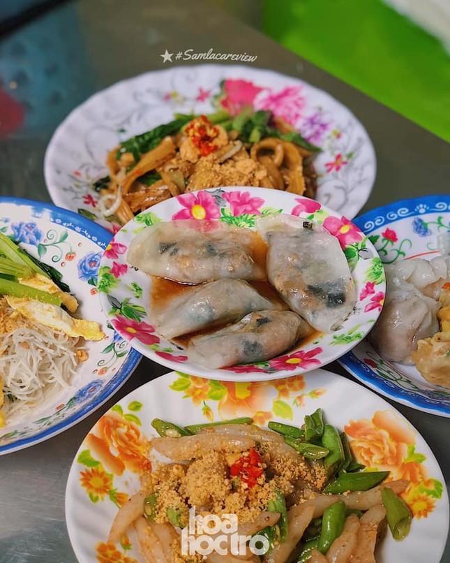 Hẹn hò Sài Gòn: Thực đơn ăn vặt chỉ từ 10K, ấm cái bụng mà giá lại mềm xèo! ảnh 4