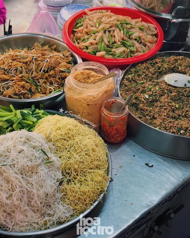 Hẹn hò Sài Gòn: Thực đơn ăn vặt chỉ từ 10K, ấm cái bụng mà giá lại mềm xèo! ảnh 6
