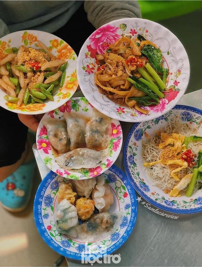 Hẹn hò Sài Gòn: Thực đơn ăn vặt chỉ từ 10K, ấm cái bụng mà giá lại mềm xèo! ảnh 7