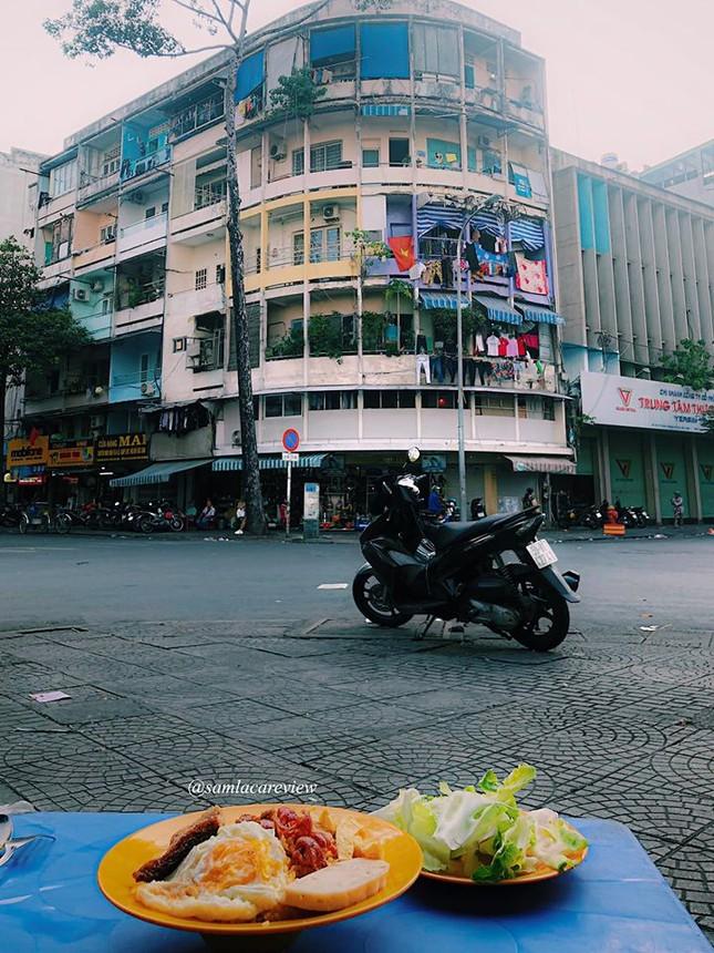 Hẹn hò Sài Gòn: Cơm và bún ngon thế này, không ăn hơi uổng đó bạn! ảnh 9