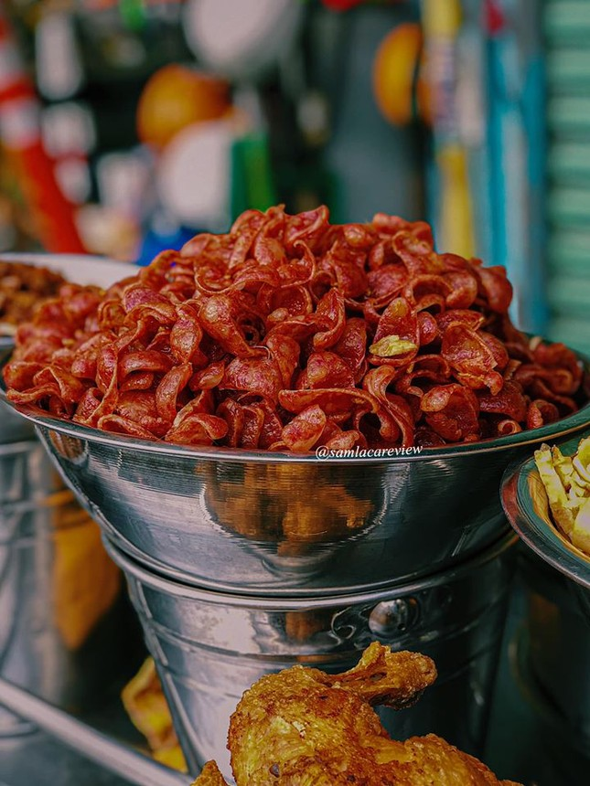 Hẹn hò Sài Gòn: Cơm và bún ngon thế này, không ăn hơi uổng đó bạn! ảnh 4