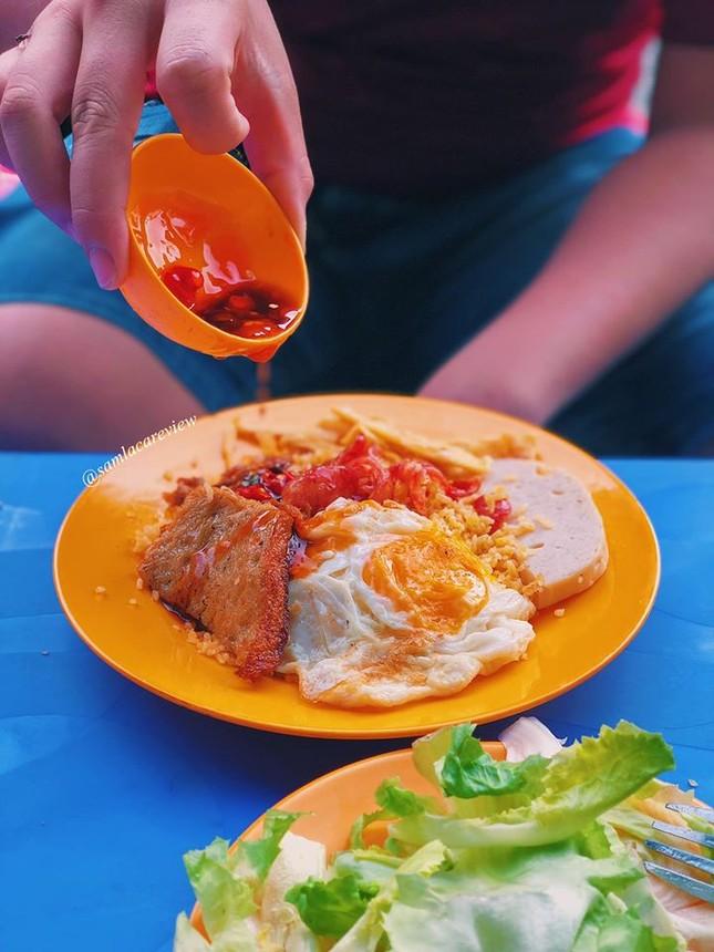 Hẹn hò Sài Gòn: Cơm và bún ngon thế này, không ăn hơi uổng đó bạn! ảnh 7