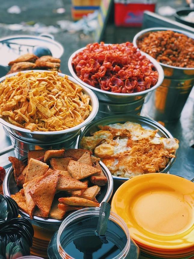 Hẹn hò Sài Gòn: Cơm và bún ngon thế này, không ăn hơi uổng đó bạn! ảnh 5