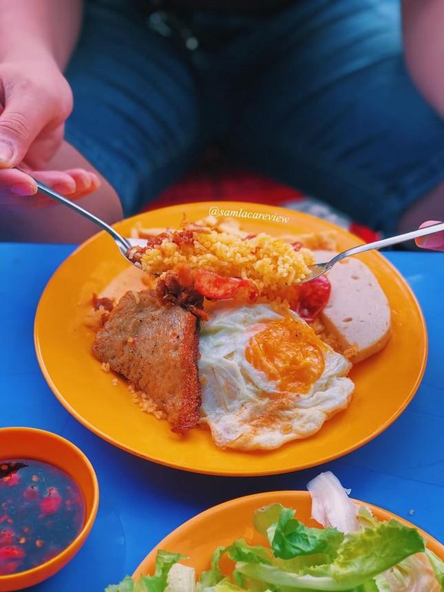Hẹn hò Sài Gòn: Cơm và bún ngon thế này, không ăn hơi uổng đó bạn! ảnh 8