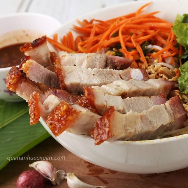 Bạn muốn thưởng thức những món ăn chuẩn vị Sài Gòn hay chuẩn vị Huế? ảnh 12