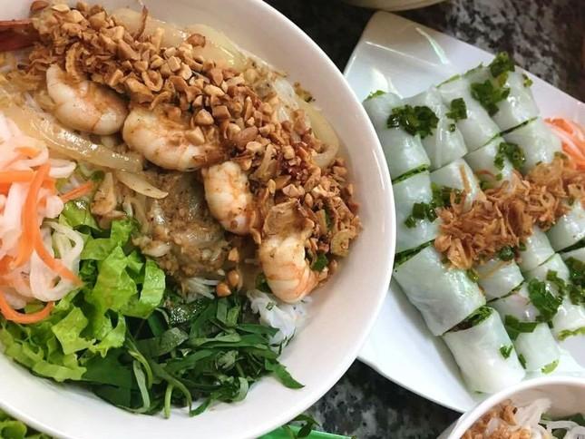 Bạn muốn thưởng thức những món ăn chuẩn vị Sài Gòn hay chuẩn vị Huế? ảnh 4