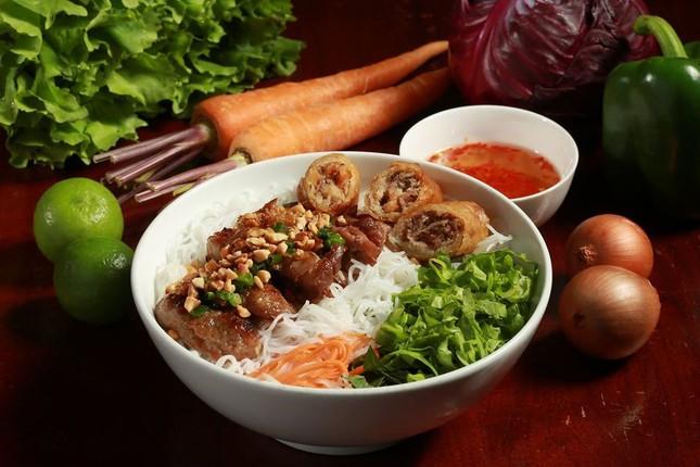 Bạn muốn thưởng thức những món ăn chuẩn vị Sài Gòn hay chuẩn vị Huế? ảnh 6