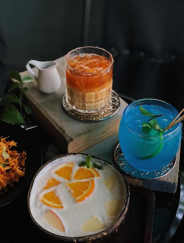 """Hẹn hò với Sài Gòn: Quán cà phê gara """"cool ngầu"""" và tiệm trà trên sân thượng sang chảnh ảnh 3"""