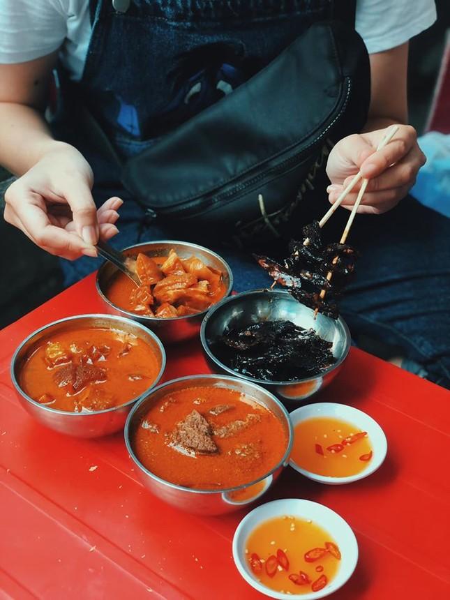 Hẹn hò Sài Gòn: Phá lấu và Bánh tráng - bộ đôi hoàn hảo cho bữa xế ngày mưa ảnh 3