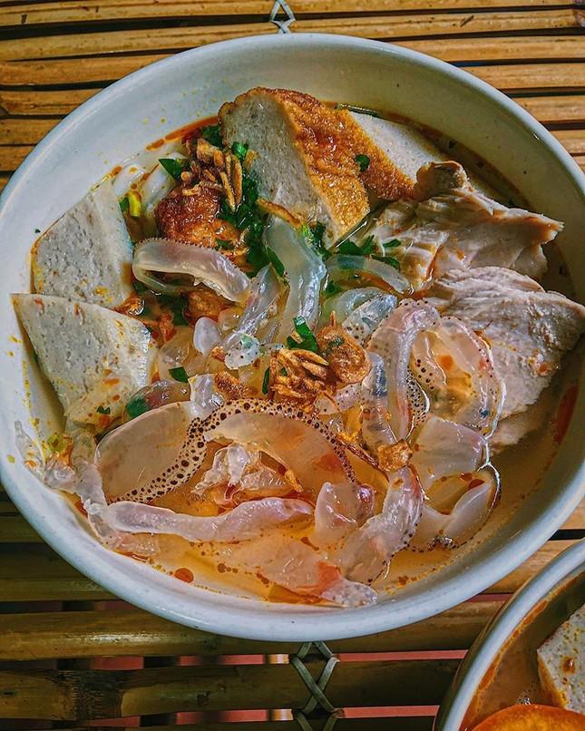 Giờ ăn đến rồi: Bún cá Nha Trang loại đặc biệt hay Tokbokki thơm ngon vô đối? ảnh 3