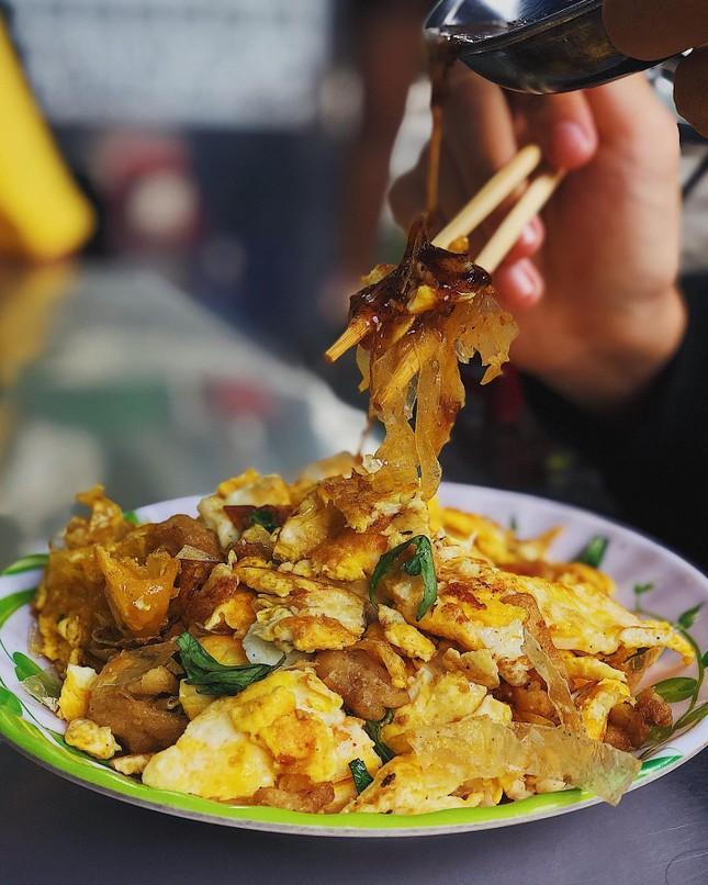 Bánh tráng chiên trứng độc đáo sánh đôi cùng flan màu mè nhất Sài Gòn ảnh 3