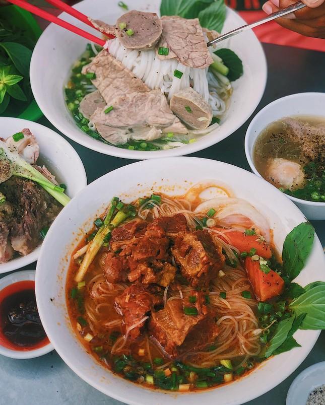 Sài Gòn đổ mưa rồi đó, em đã ăn gì chưa? ảnh 4