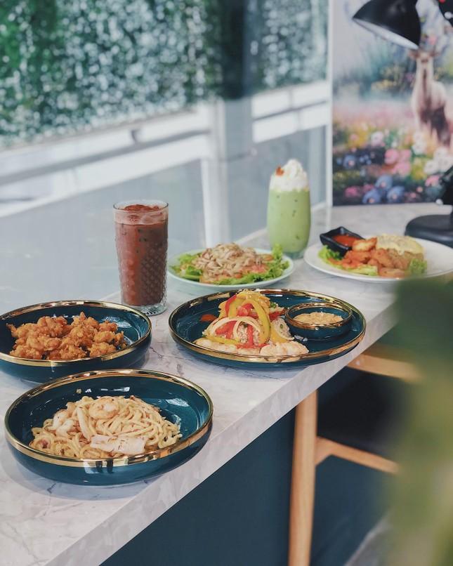 """Hẹn hò Sài Gòn: Thực đơn ngập phô mai thơm béo hay gạo lứt """"healthy""""?  ảnh 5"""